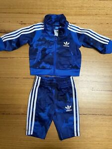 adidas baby tracksuit - Size 0-3 Months