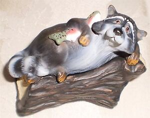 Raccoon on Log Kritter Hollows Trinket Box Figurine 1999