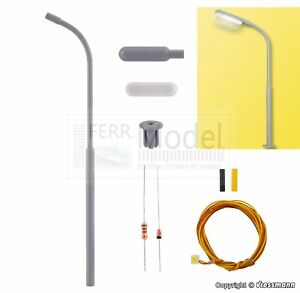 VIESSMANN 6722 - H0 Lampione stradale un braccio, LED bianco, kit di montaggio
