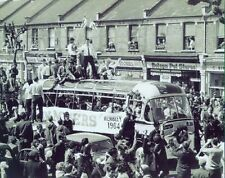 West Ham United FA Cup Winners 1964 Bus 10x8 Photo