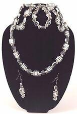 Fashion Jewelry 5 piece set necklace earings bracelets Zebra Stones White Black