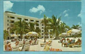 Nassau/ Balmoral Club/ Cable Beach/ exterior/ people on beach/bldg/ chrome pc