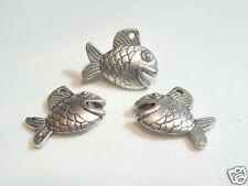 5 pcs x Silvertone Metal Charms : AC2798A Happy Fish