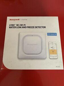 Honeywell Lyric W1 Wi-Fi Water Leak And Freeze Detector - White