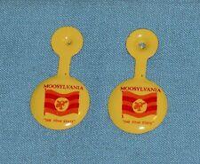 original 1962 Bullwinkle & Rocky Moosylvania tin Button x2