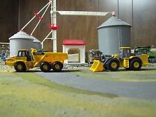 Ertl John Deere Toy Plastic Loader & Dump Truck