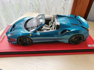 MR 1/18 Ferrari 488 Pista