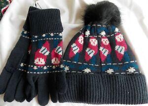 Vera Bradley Cozy knit Hat & Tech Gloves Night owls Free ship
