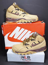 2014 Nike Air Trainer SC Sneakerboot 684713-700 Men Size 12.5 Haystack/Light Cho