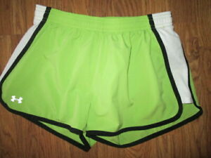 Womens UNDER ARMOUR running shorts w/ built n liner S Sm  gym