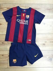 Kids Barcelona 2014 FC football kit (4-5 yrs) - pre-owned.