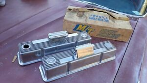 NOS Vintage Mickey Thompson SBC Chevrolet Finned Valve Covers 3276000 w/CalCustm