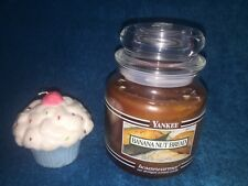 NEW YANKEE CANDLE HOUSEWARMER BLACK BAND MEDIUM JAR 14.5 BANANA NUT BREAD CANDLE