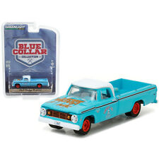 Greenlight 1967 Dodge D200 Pick Up Truck Grump's Garage 1:64 Turquoise 35060-A