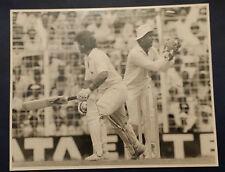 Press Photograph 1987 World cup semi  India v England -  Kiron More - Allan Lamb