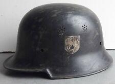 Joli ancien casque de collection ww2 allemand sorti de vieille ferme