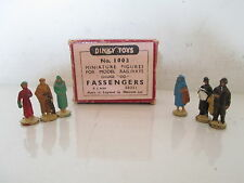 GB DINKY 1003 PASSENDERS FIGURES X6 VNMIB UNCOMMON PEU COURANT L@@K