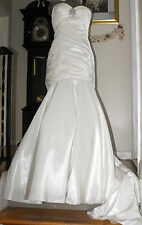 NEW! GORGEOUS WEDDING DRESS LACE BACK  SZ 12/ SAVE $