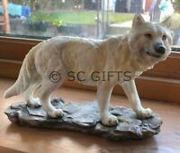 """Snow White Ghost Wolf """"Mountain Watcher"""" Ornament Figurine New & Boxed 21cm"""