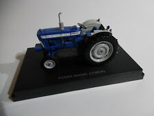 Universal Hobbies Tractor FORD 5000 ( 1964 ) 1/32nd Scale Collectors Model