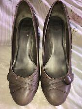 """Ladies Clarks Shoes Size 6 Brown Wooden Heel 3"""" Heel"""