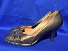 SALE @ SOFFT Metallic Green Cut Out Pumps High Heels Womens Shoes Sz 8 Wide