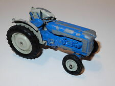 BRITAINS FARM #9525 FORDSON NEW PERFORMANCE TRACTOR 1/32 1960s ENGLAND