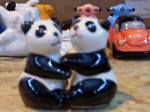 SALT AND PEPPER POTS HUGGING PANDA  UK DISPATCH BRAND NEW