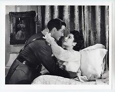 "Elizabeth Taylor / Robert Taylor (Pressefoto 70er Jahre) - in ""Verschwörer"""
