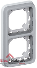 Support plaque 2 postes vertical Plexo gris Legrand 69685