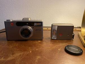 Camara Vintage Leica minilux Zoom 35mm 35-70mm f3.5 Vario elmar Lens Con Flash