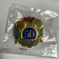 DLR Cast Exclusive Pin- 50th Anniversary Christmas Wreath - 2005