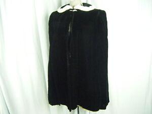 Vtg 40-50s Black Velvet Silk Cape w/Ivory Rabbit Collar-One size