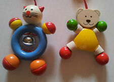 Clipfigurenset Katze Bär mit Glöckchen Babyspielzeug Buggy 2Stk Set Holz neu