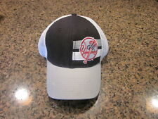 New York Yankees BASEBALL HAT STRETCH FIT M/L-NWT