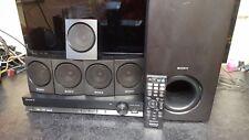 SONY DAV-TZ135 DVD Home Theatre Cinema Sistema, 5.1 altoparlanti, SUB, USB, con telecomando.