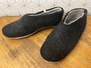 Egos Copenhagen Unisex Wool Slippers - Unisex Adults EUR 42, Black Wool