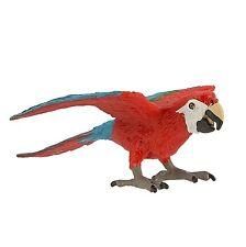 Green Winged Macaw  by Safari Ltd/toy/bird/sea life