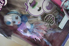 Monster High Ghouls Rule Daughter of Yeti Abbey Bominable Doll