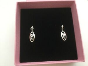 Beautiful McIntosh-style Sterling Silver Pure 925 earrings in a pink gift box