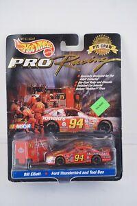 NASCAR Hot Wheels 1998 Bill Elliott McDonald's Pro Racing Pit Crew 1:64 Diecast