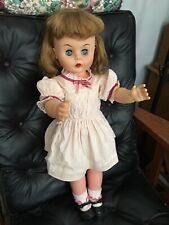 Deluxe Reading Beauty Parlor Doll 1960's 25�