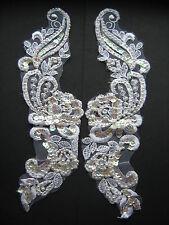 Blanco con cuentas lentejuelas Apliques Bordados X 2 sewing/costume/crafts / Bridal