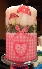 Paese Fall (funghi) Design a mano decorato pilastro candela 50hrs 10x6.5cm