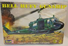 REVELL 1/24 BELL HELICOPTER UH1 HUEY IROQUOIS VIETNAM MODEL KIT US ARMY GUNSHIP