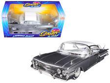 1/24 Jada 1960 Chevrolet Impala Lowrider Series ST Low White Top Silver 98926
