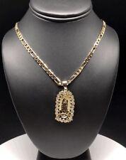"""Cadena de 26"""" de Oro Laminado Con Virgen de Guadalupe Medalla Y Piedras Blancas"""