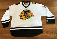 Jonathan Toews #19 Chicago Blackhawks Reebok NHL Hockey Jersey Size Medium