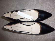 New Red Herring Debenhams, tamaño 7, Negro Tribunal Zapatos Tacón,, patente, altura media.