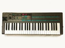 KORG POLY-800 Vintage Analog Synthesizer. Made in JAPAN - 1984. Good Condition !